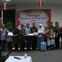Semifinalis Erlangga Teacher Of The Year 2011 Guru SD