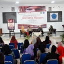 Relaunching dan Bedah buku di Universitas Mulawaran