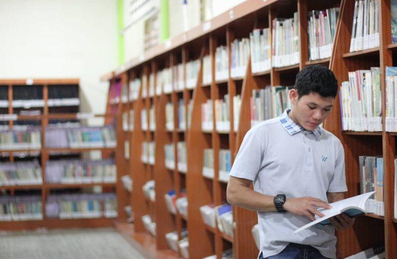 Buku, Masihkah Menjadi Sumber Ilmu?